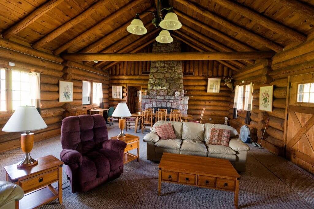 george-young-cabin-rental-14